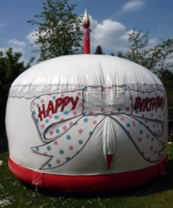 Dôme gonflable pour anniversaire